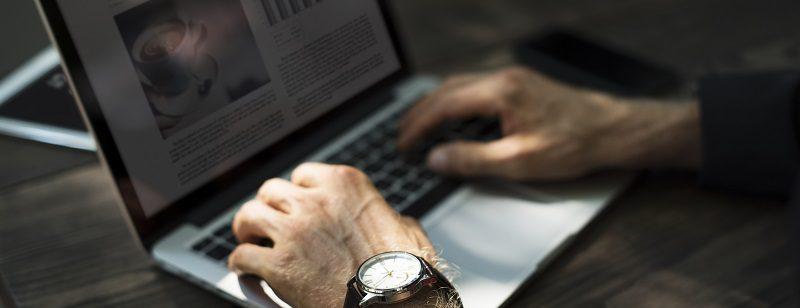 Vantagens de comprar viagem corporativa com uma agência online - etrip